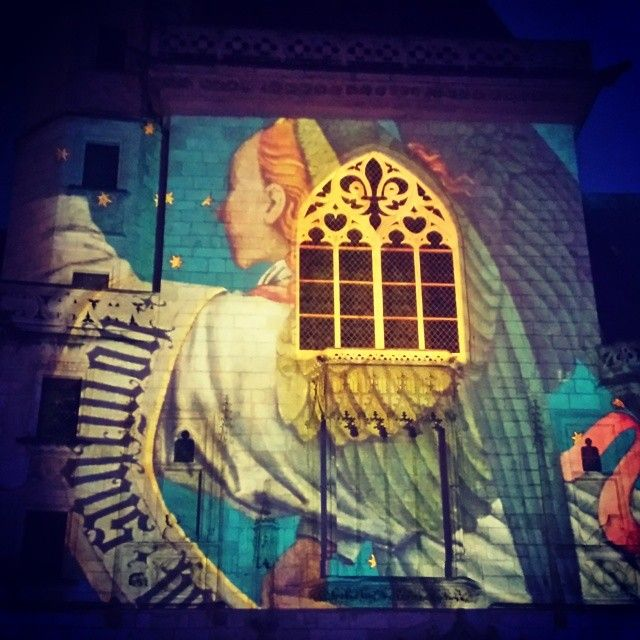 Les Nuits Lumières de Bourges éclairent le Palais Jacques Coeur via @helkaw