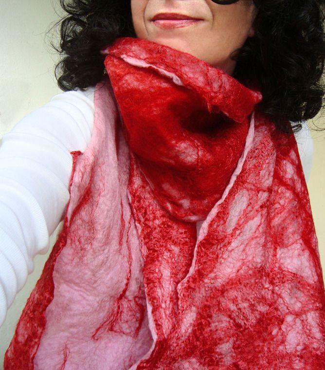 cobweb felted scarf -candy crushed-