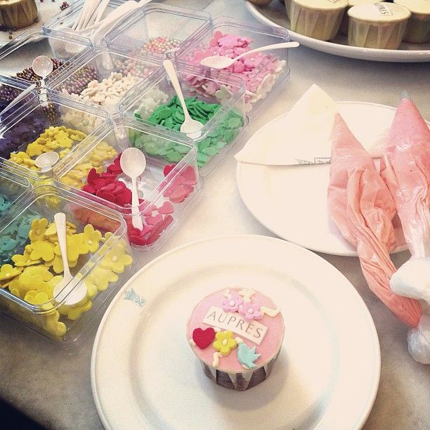 """@Shannon Chow's photo: """"Earlier at #aupres x #mivva workshop,  I managed to deco a cupcake specially for fluffy """""""