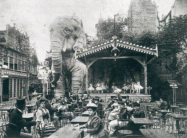 1889 – Le Moulin Rouge   Paris Unplugged