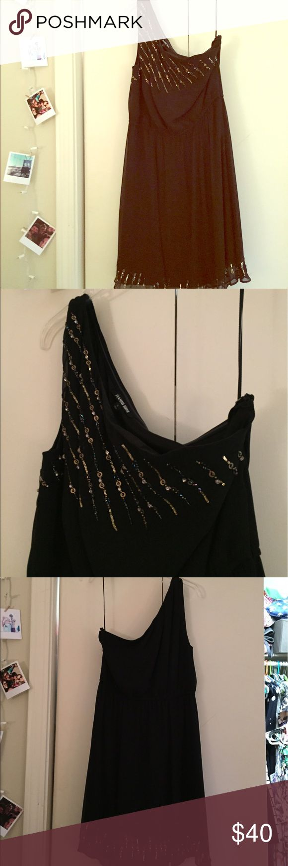 Black One Shoulder Dress Black one shoulder, sinched at waist. Beading detail at top and bottom. Thick lining with a little stretch to it. Very pretty!! Gianni Bini Dresses One Shoulder