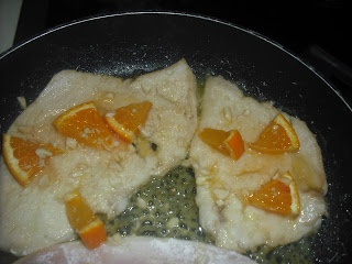 Petto di pollo arancia e mandorle