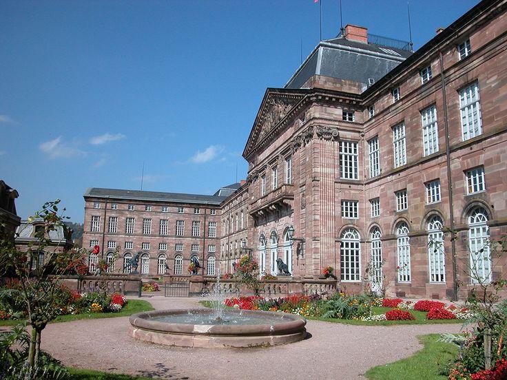 La magnifique cour intérieure du château des Rohan.