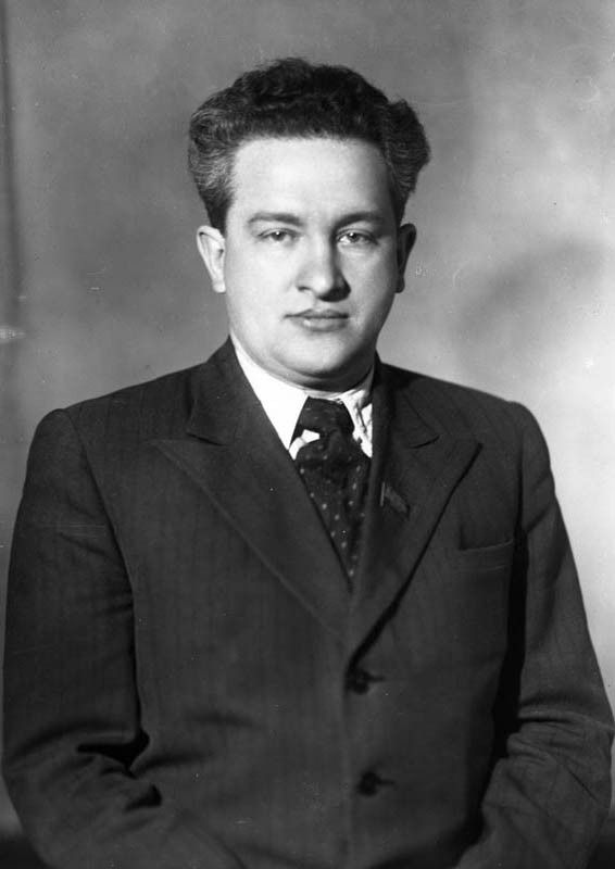 Secretary of the CC CP(b) of the Karelo-Finnish SSR Yuri Andropov. 1940-ies
