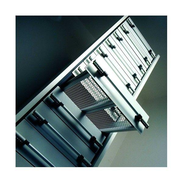 CAJONERA - REF: TAXIS 2: Se diferencia de los demás por sus dimensiones y sobre todo por su lado hecho con un solo perfil de aluminio.
