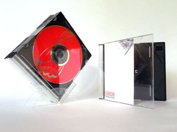 Suncoh is a CD rack with the same size as a mini CD so it can be easily carried wherever you want.  It consists of 4 pieces of laser cut plastic PETG easy to assemble.   Su...