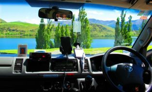 Green Cabs view Queenstown