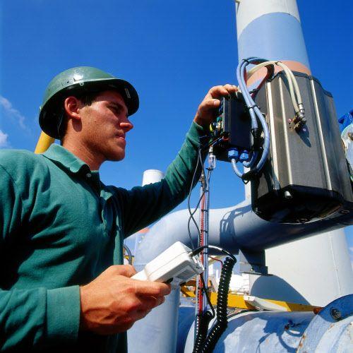Intervention sur actionneur #ENGIE Pour en savoir plus sur l'exploration et production de gaz naturel, cliquez sur la photo !