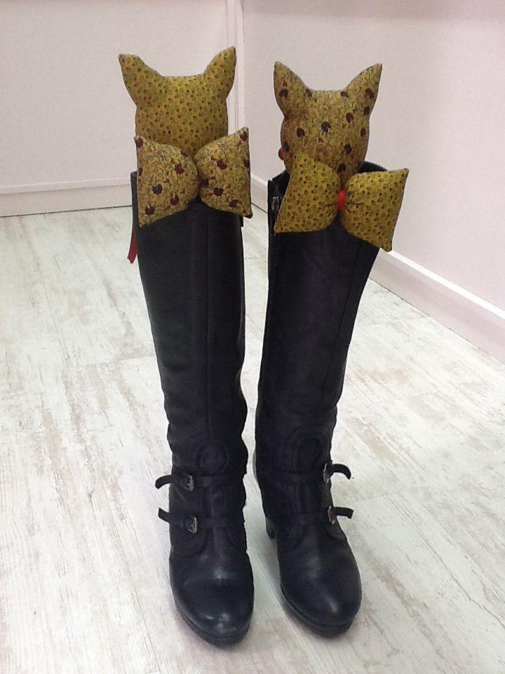Pareja de gatos para tus botas