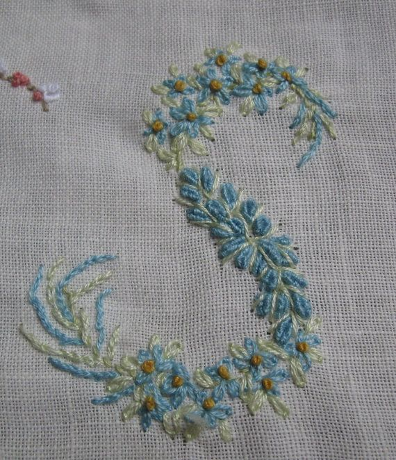 Vintage Ladies Handkerchief Hand Embroidery Monogram Letter S