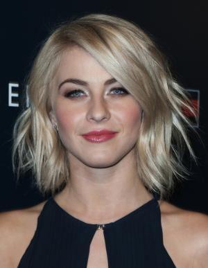 The Best Short Blonde Hairstyles: Julianne Hough