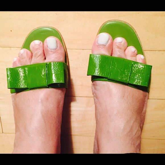 Unisa green patent leather sandals Unisa cute and comfy green patent leather comfy and great for summer. Unisa Shoes Sandals
