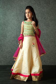 Embroidered lehenga choli embellished with zardosi, stones and zari work from #Benzer #Benzerworld #Kidswear #ethnicwear #ghagracholi
