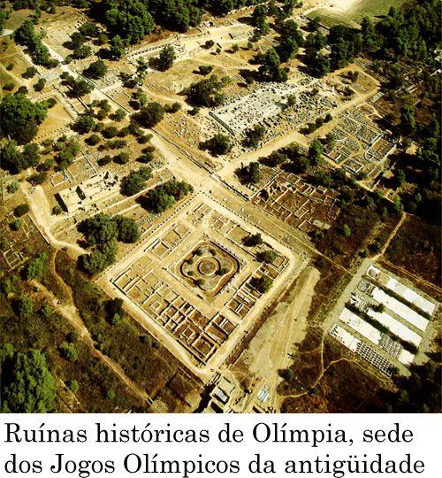 Ruínas históricas de Olímpia, sede dos Jogos Olímpicos da antiguidade