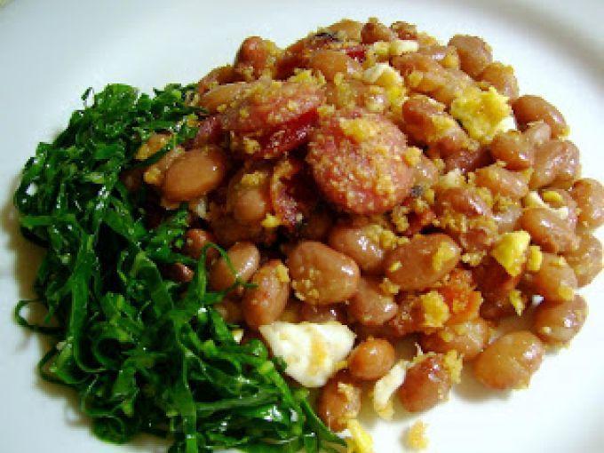 Receita Prato Principal : Feijão tropeiro, uma receita da deliciosa cozinha mineira de Luciana Macêdo