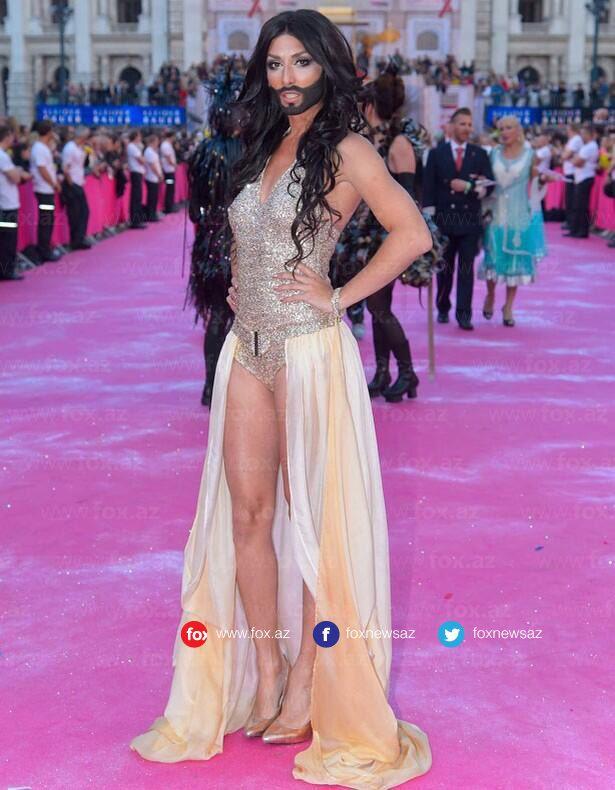 Yerli saytlardan başlıq - Eurovision 2014 qalibi Conchitta yandırıb-yaxdı! ))