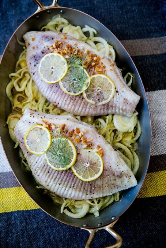 Oven-baked-skate-wings-with-fennel