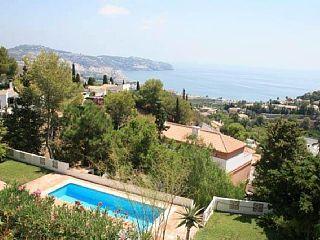 Villa La Saliega  privado con piscina y jardines tropicales