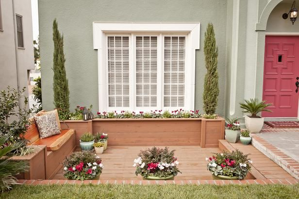 As seen on HGTV's Curb Appeal: Stunning Yard, Window Shades, Front Yards, Curb Appeal, Front Yard Makeovers, Front Window, Hgtv S Curb, Appeal Ideas, Window Boxes