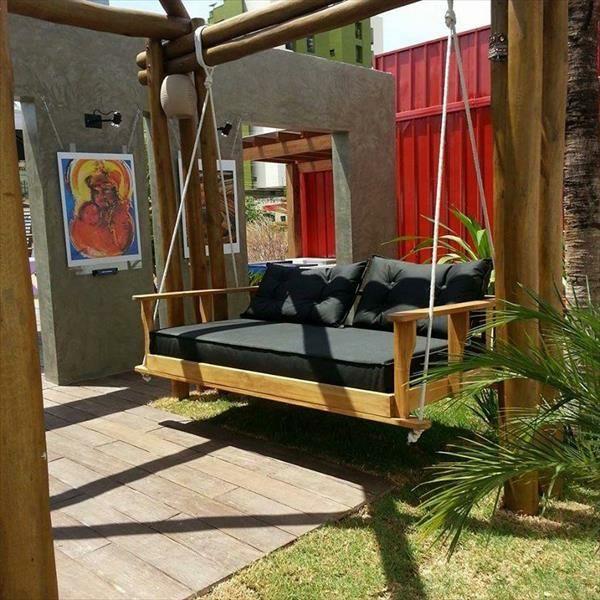 massive Holzmöbel aus Paletten hollywood schaukel