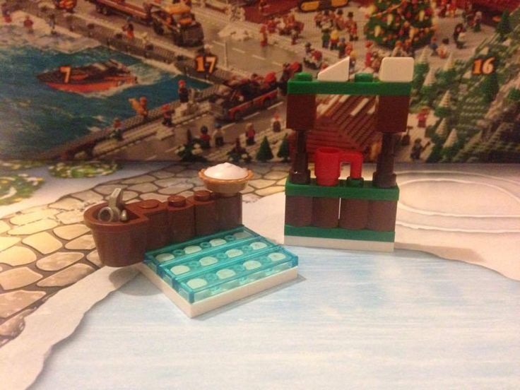 Ice Rink and Coffee Stall (Lego City Advent Calendar 2015 Day 3 + 4)
