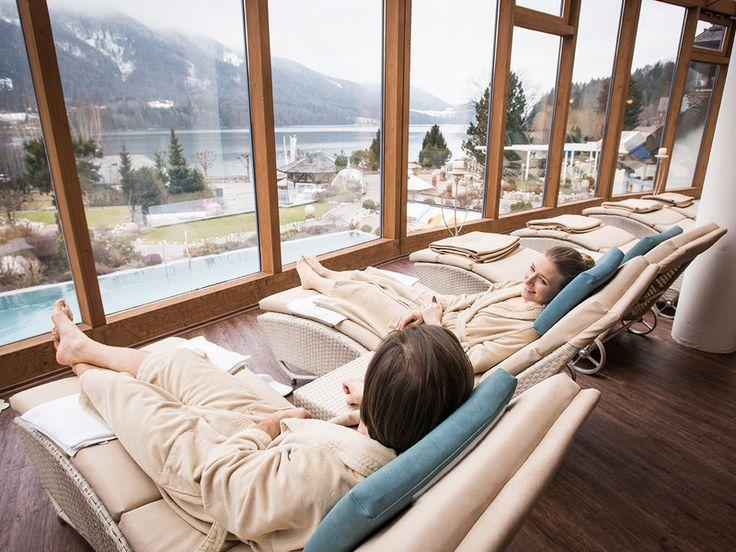 Zeit zum Entspannen — Unser Alltag ist stressig. Man hetzt von einem Termin zum nächsten und am Abend fällt man müde ins Bett. Zeit sich mal eine Auszeit zu gönnen. Fahren Sie doch mal in ein Wellnesshotel. Wir zeigen Ihnen unsere Favoriten ganz in der Nähe