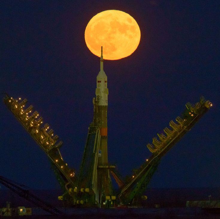 Supermoon Rises Behind Soyuz Rocket