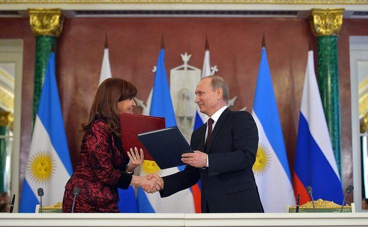 Balance tras la visita oficial a la Federación Rusa para fortalecer la relación bilateral y firmar acuerdos con Vladímir Putin - http://www.cfkargentina.com/declaraciones-a-la-prensa-cristina-kirchner-balance-del-cierre-de-la-visita-oficial-a-la-federacion-rusa/