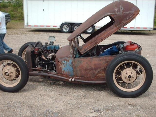 Brilliant! This beats the heck out of crawling to get in or out of a traditional rat rod.