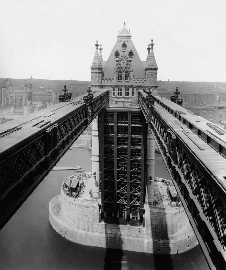Constructing London's Tower Bridge required intricate innovation