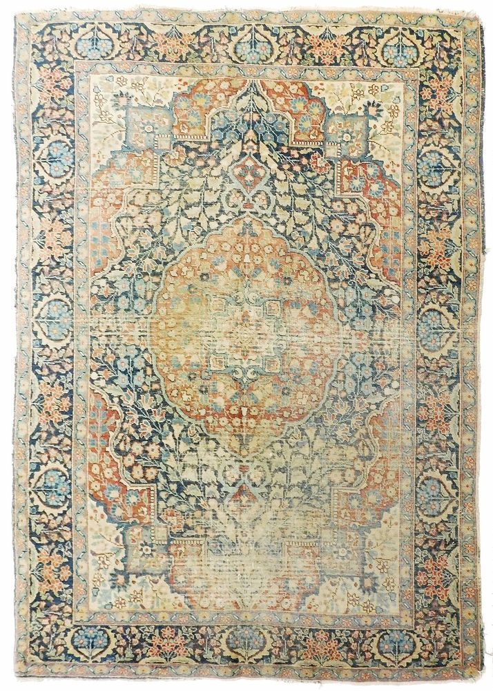 "Distressed antique Persian Tabriz rug. 4'7""x 6'5"" #AntiquePersianTabriz #DistressedBohemianBohochic"