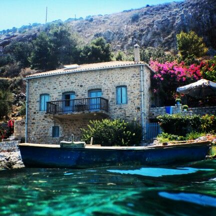 House in Limeni #limeni #greece #travel #sea #summer