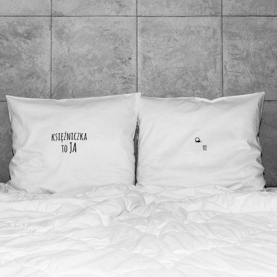 słowa, które odmienią każde wnętrze! białe, gładkie poszewki z zakładką 20 cm, 2 szt.100% bawełna (satynowana) prać ręcznie na lewej stronie maks. temp. 30°C seria: DREAMS #whiteplace #whiteplacepl #pillow #poszewka #dekoracja #prezent #gift #ksiezniczka #ziarnkogrochu #princess #homedecor #poszewki #poszewkidekoracyjne #pieknasypialnia #mojasypialnia #fome #decor #dom #codziennosc #dailiness #myhome #mojdom #wnetrza #interior #interiors #blackandwhite