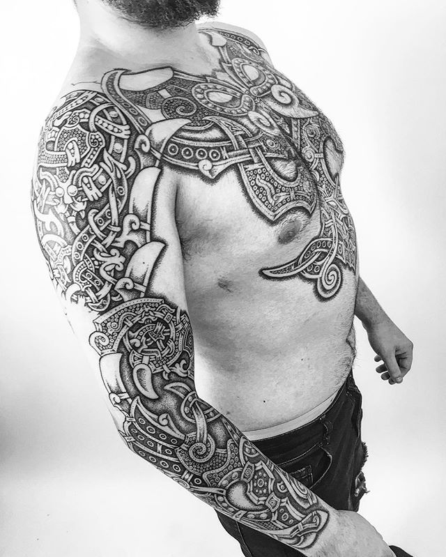 #wip. A few more days work done on Luke's #nordicarmor. Next session will be done at the #frankfurttattooconvention! #viking #vikings #vikingtattoo #nordic #nordictattoo #Nordictattooaddicts #dotwork #dotworktattoo