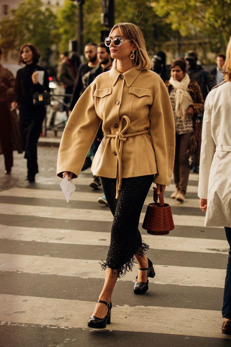 Bildergalerie Die Besten Street Styles Der Paris Fashion Week Paris Fashion Week Street Style Paris Fashion Week 2019 Cool Street Fashion