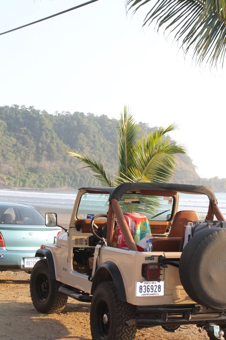 The greatest car {in the world} to drive you to the beach. Jeep Wrangler. Top down.
