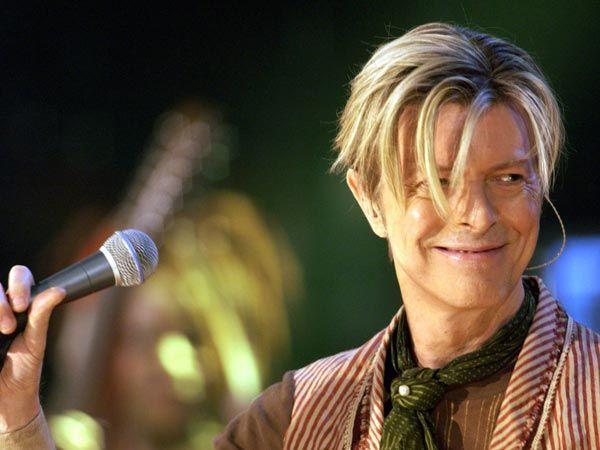 David Bowie ist einer der ganz Großen der Pop-Musik-Branche. Seine Welttournee 2003/04 musste er unerwartet abbrechen und sich einer Herz-Operation unterziehen. (Quelle: imago)