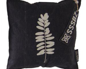 Kussens van @zusssoriginal Voor je #botanische #interieur: kussens met grafische prints van een #boom, #varenblad of #eucalyptus! Verkrijgbaar in verschillende kleuren, creëer je eigen sfeertje passend bij jouw bank en interieur. - See more at: http://pieterszevenbergen.nl/product/zusss-kussens-natuur#sthash.janq3jxY.dpuf