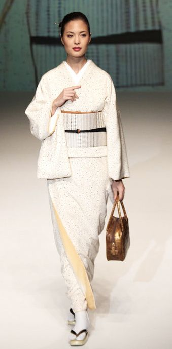 Silk kimono and obi designed by Yukiko Hanai.
