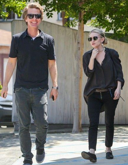 Ashley Olsen and boyfriend http://www.setteroftrends.com #theolsens #olsentwins