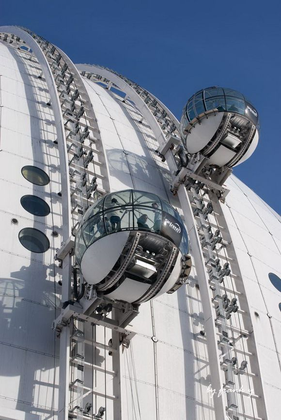 Skyview is a gondola lift built on the south side of the Ericsson Globe, Stockholm. The Ericsson Globe is currently the largest hemispherical building in the world and took two and a half years to build. - http://www.theworldgeography.com/2013/04/unusual-elevators.html