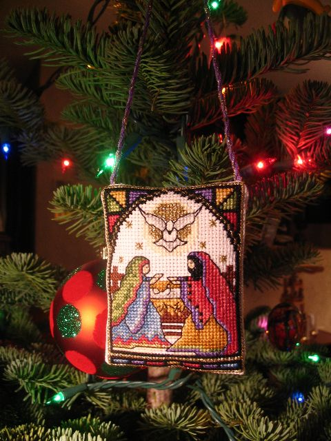 "Cross stitch ornament from Issue 68 of magazine ""Cross Stitch Card Shop"". Image from http://crossstitch.about.com/u/sty/community/Cross_Stitch_Forum_Project_Photos/Nativity-Scene-Ornament.htm"