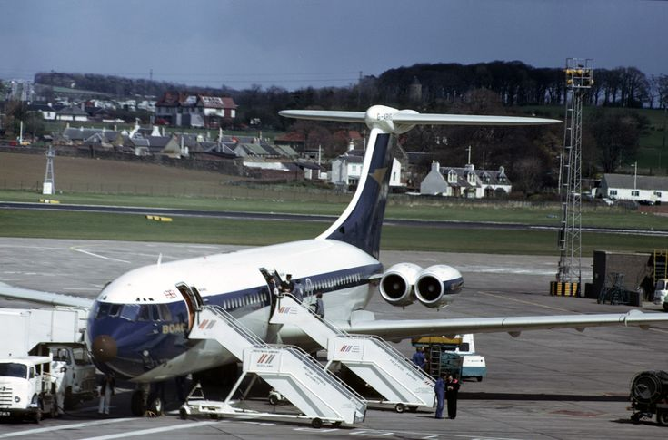BOAC Standard VC10 (Series 1100) G-ARVG (c/n: 809) at Manchester's Ringway Airport sometime between 1965 and 1974.