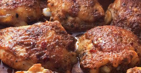 kurczak, drób, udka z kurczaka, pieczone udka, udka w majonezie, udka w ketchupie, marynowane udka, majonez, ketchup, obiad, święta, przyjęcie, soczyste udka,