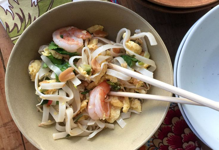 A thai vacation at home how to make pad thai recipe recipes a thai vacation at home how to make pad thai forumfinder Image collections
