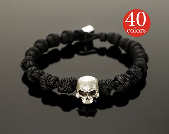 Paracord skull - Skull paracord bracelet with big 15 mm skull. Stylish tactical bracelet, 400 possible color combinations!