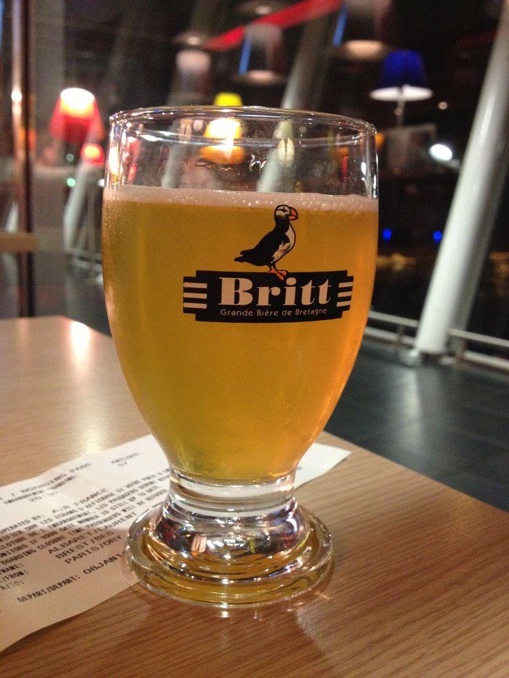 [#JavaisSoif] 8 janvier 2014. tournage Phileog Eleven, bière bretonne Britt, aéroport de Brest-Bretagne (Finistère).