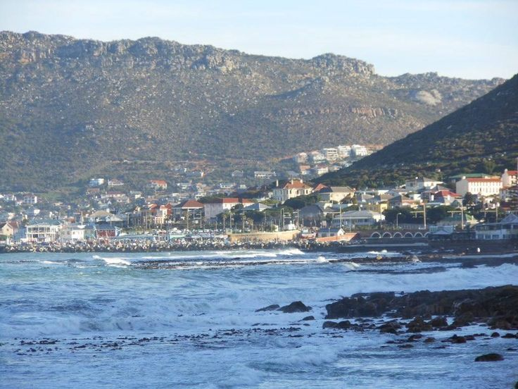 False bay, kalk bay