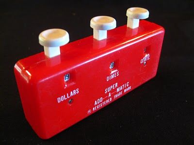 My mom used one of these when she bought groceries. I bought two of these at a yardsale recently.