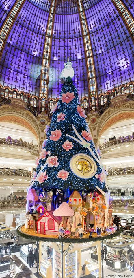 Les Galeries Lafayette, Paris.. Crazy to think I was under that tree last year at this time